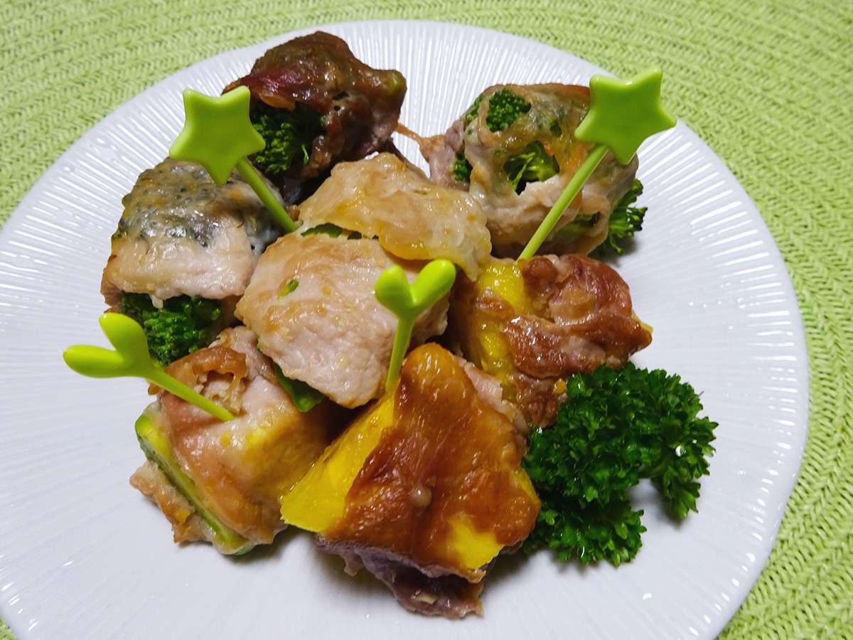 野菜と果物のひと口肉巻き(みそ風味)